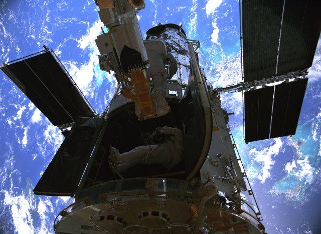Hubble 3D (2010) ***   Keeping It Reel