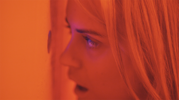 the-overnight-taylor-schilling-600x337