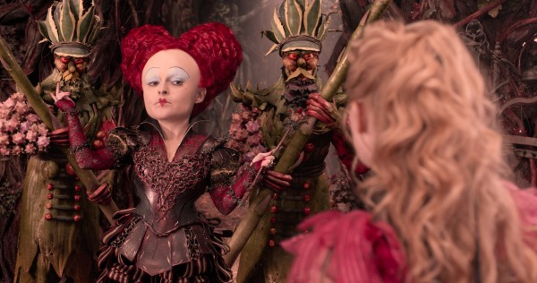 alice-through-the-looking-glass-helena-bonham-carter-600x316