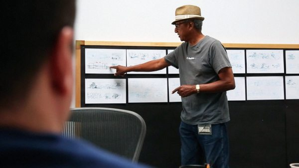 Floyd-Norman-pitching-his-storyboards-at-Disney_Fall-2014