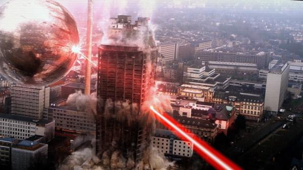 A giant sphere wreaks havoc on a city in Phantasm Ravager.