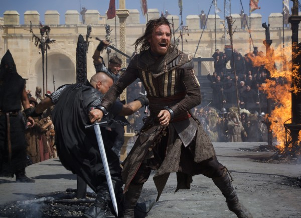 michael-fassbender-assassins-creed-image-600x434