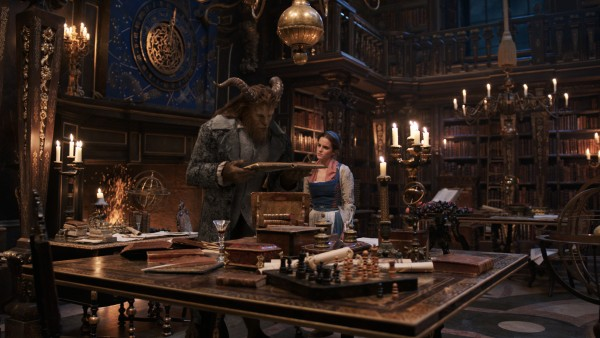 beauty-and-the-beast-movie-image-dan-stevens-emma-watson-600x338