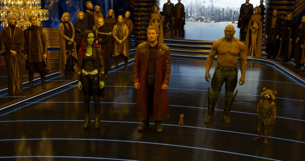 guardians-of-the-galaxy-2-image-team-throne-room-600x316