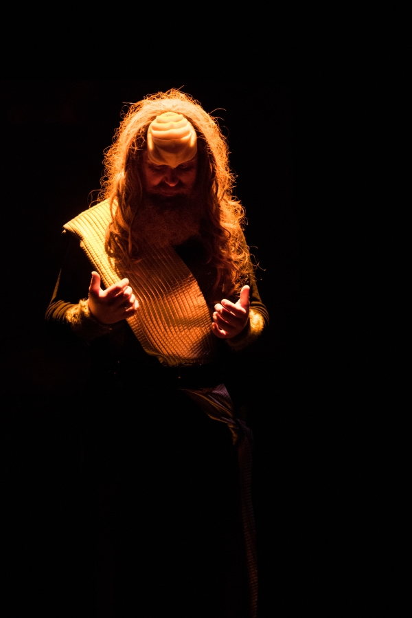 Klingon Christmas Carol amber